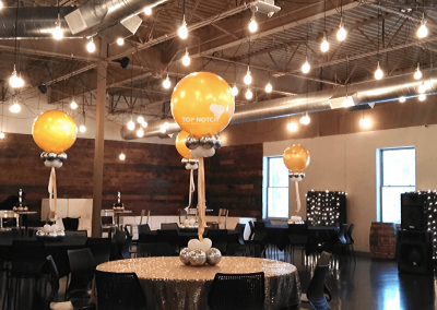 60th Birthday Centerpiece - Elegant Centerpieces - Gold and Black Decor - Top Notch Balloon Creations-Northville-Ann Arbor-Detroit-Michigan - Great Lakes Culinary Center