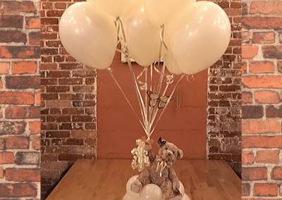 Hot Air Balloon Centerpieces - Teddy Bear and Balloons-Top Notch Balloon Creations-Northville-Ann Arbor-Detroit-Michigan - Baby Showers - Kids Parties