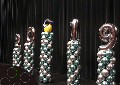 Balloon Columns with Chrome Silver and Chrome Green Balloons. Foil Balloon Letters (1)