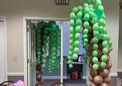 Safari Theme - Safari Trees - Safari Balloon Columns - Jungle Theme - Baby Shower - Jungle - Top Notch Balloon Creations - Michigan - Kids Paties